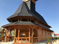 biserica-romaneasca-din-lemn-din-Traunreut-2