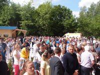 peste-600-de-persoane-au-participat-la-slujba-de-sfintire-1.jpg-2-1